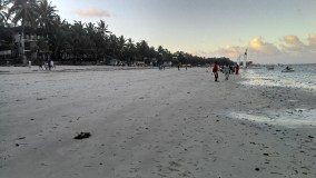 The white sandy beaches of Kenyan coastline