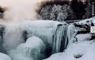 http://abcnews.go.com/US/photos/snow-blast-polar-cold-21609711/image-22767190