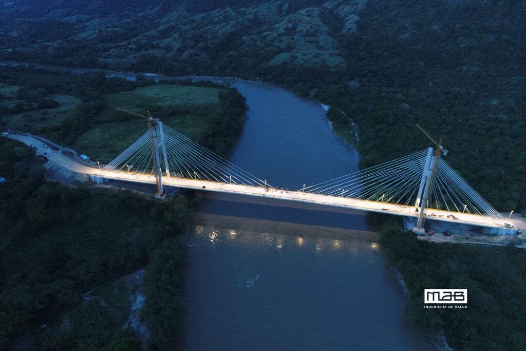 Conoce el Sistema de Iluminación con Energía solar del Nuevo Puente de Honda