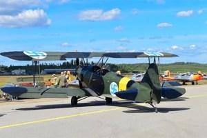פינלנד הסירה את צלב הקרס מסמל חיל האוויר
