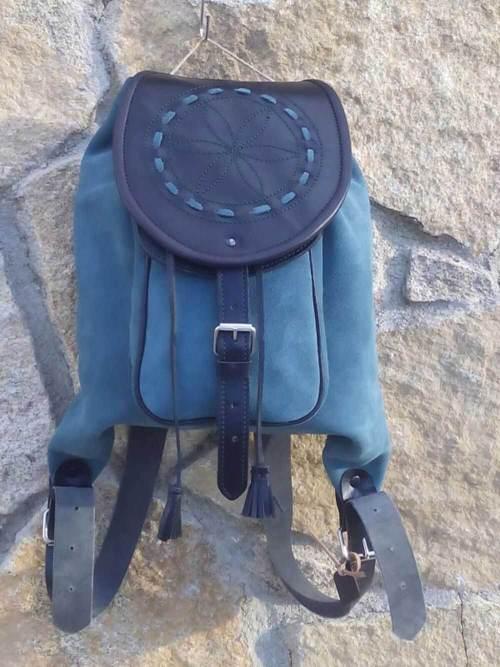 mochilas de piel, mochilas, artesania, hecho a mano, piel, cuero, mochilas de cuero, azul