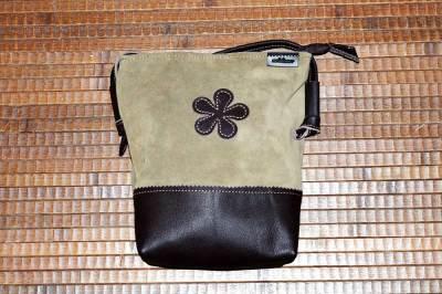 bolso, cremallera, piel, señora, artesania, hecho a mano, verde