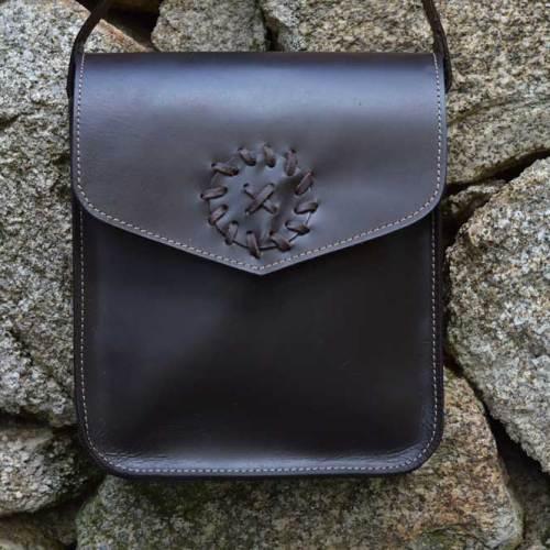 bolsos, bolsos mujer, bolsos cuero, bolsos piel, unisex, artesania, hecho a mano, bolso para colgar