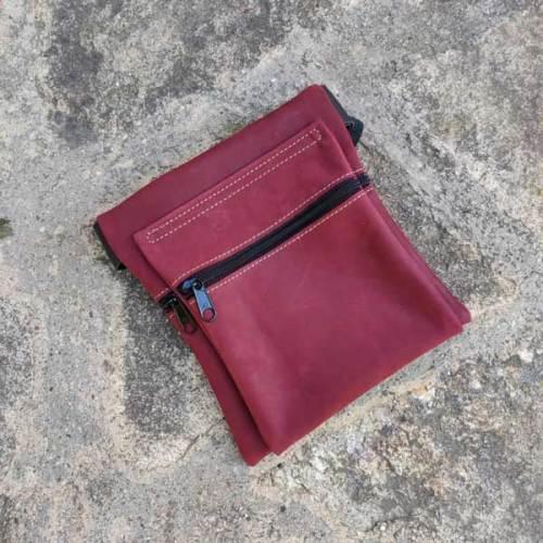 riñonera o bolso de cadera, rojo, artesania, piel y cuero