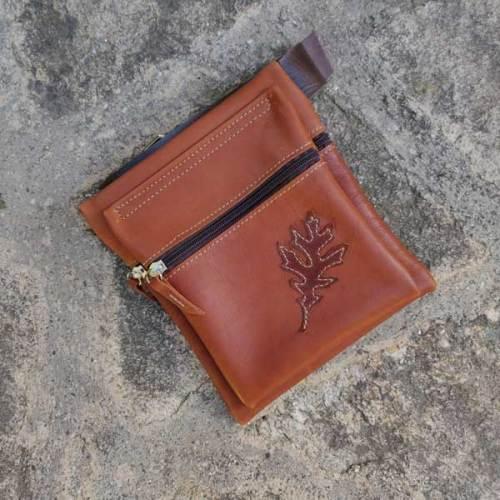 riñonera o bolso de cadera, marron, artesania, piel y cuero