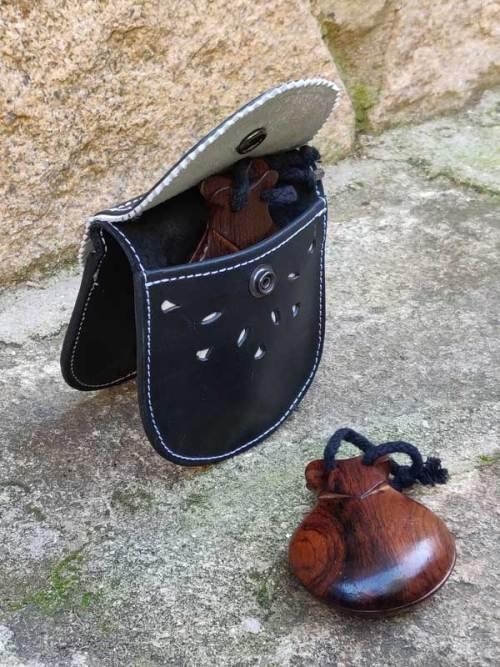 fundas para castañuelas, instrumentos musicales, musica, negro