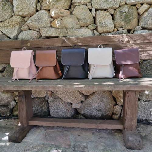 bolso mochila, mujer, moda, diseño, artesania, piel