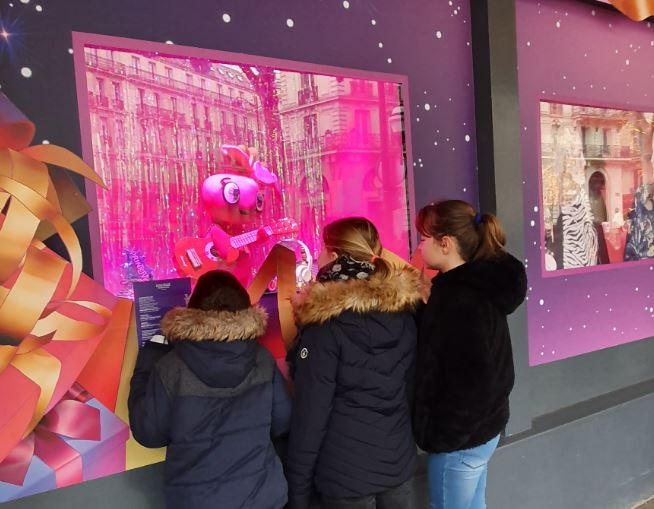 Vitrine de Noel 2019 du Printemps à Paris