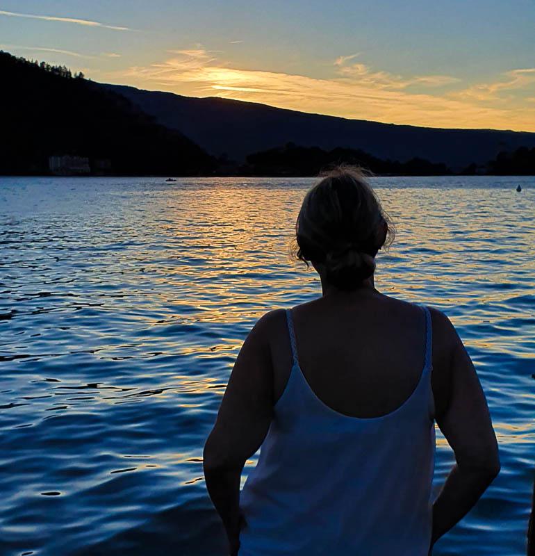 Couché de soleil sur le lac d'Annecy