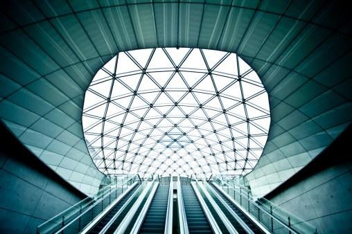 Triangeln Terminal Light - Mabry Campbell