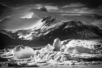 Jökulsárlón-Ice-Landscape-Mabry-Campbell