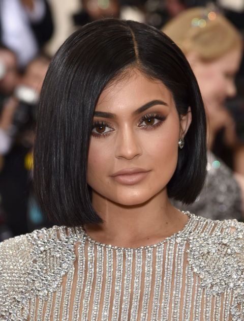 """A classic mid-length bob for those who aren't quite ready to say yes when your stylist asks to """"take it up a bit."""""""