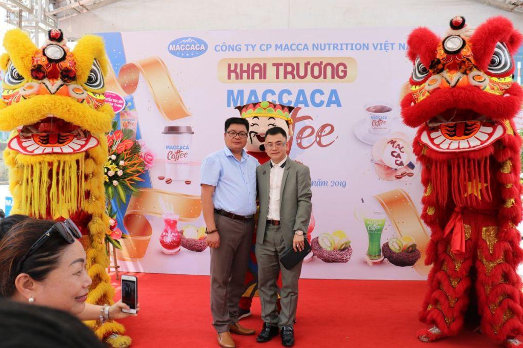Tổng giám đốc Lê An Trung và đối tác