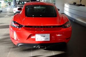 ポルシェセンター718ケイマン展示車