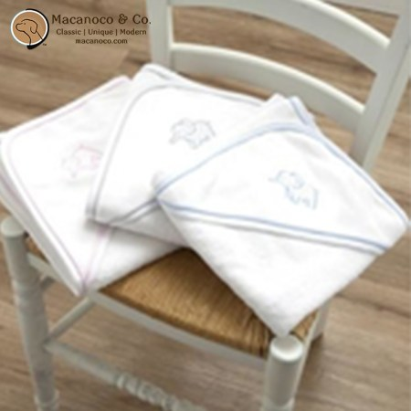 b1495-elephant-embroidered-hooded-towel-2
