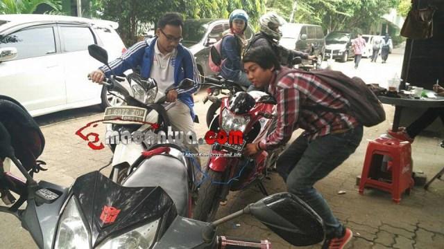 rajanya motor bebek dan rajanya sport 150 cc saling membantu macantua.com