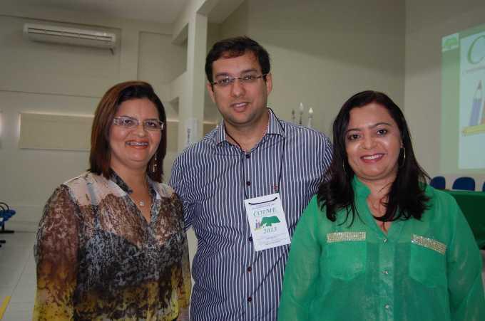 Diretora Pedagógica, Eliane Peixoto, Rodrigo Aladim e Ivanize Ribeiro, Diretora de Projetos, Programas e Ações da SME