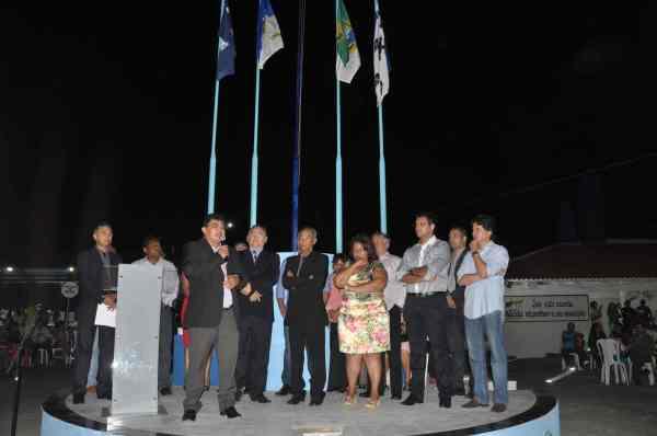 Prefeito Kerginaldo Pinto durante discurso na inauguração do Complexo Padre Penha