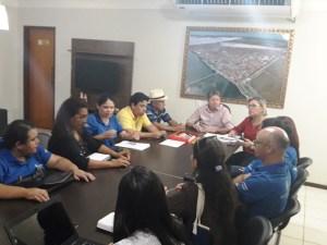 Agentes de Saúde e Endemias discutem melhorias para a categoria em encontro com o executivo