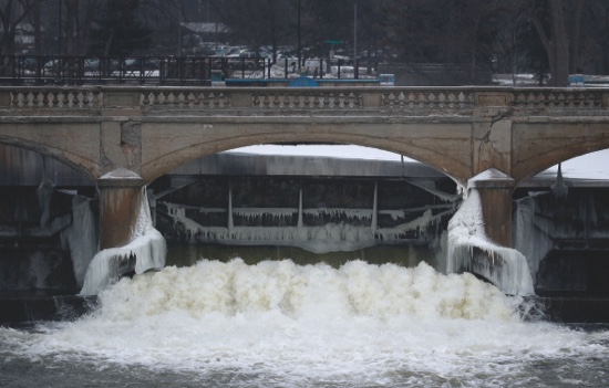 the issue of tap water contamination in american cities such as flint michigan Jake may—ap by josh sanburn january 18, 2017 a year ago, flint, mich, was engulfed in crisis after officials belatedly acknowledged that the city's water supply had been contaminated with.