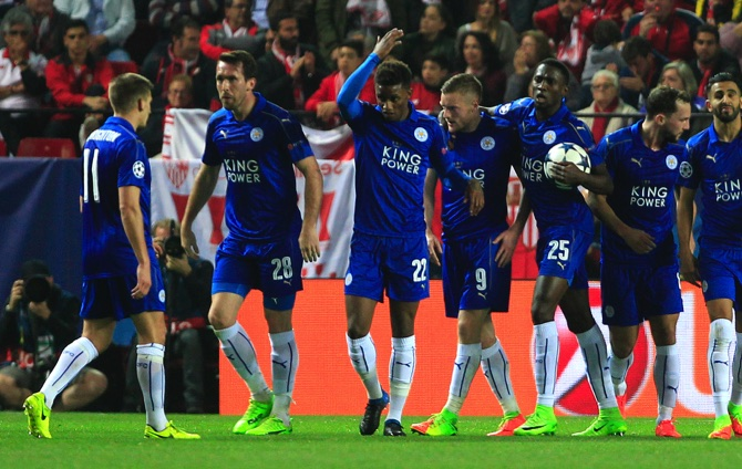 Champions League: Jamie Vardy scores but Leicester lose