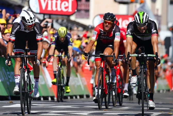 Froome remains on course to win fourth TdF title