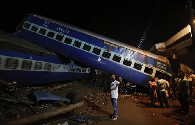 Train derails in northern India, killing at least 23