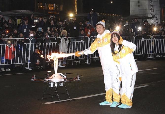Koreas to hold talks on North Korea art troupe's visit to Olympics