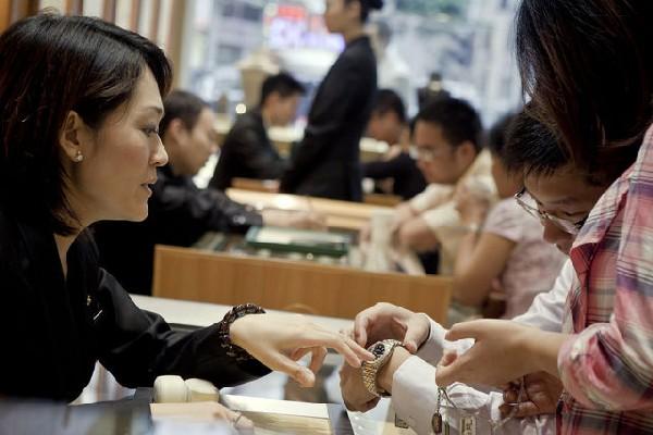 Watch imports hit 3.5 billion patacas in Jan-Aug