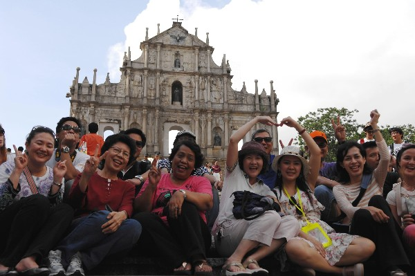 Nearly 776,000 'Golden Week' tourists visit Macau