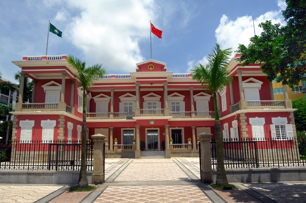 Nearly two thirds of Macau's citizens wish to see universal suffrage for election of Chief Executive