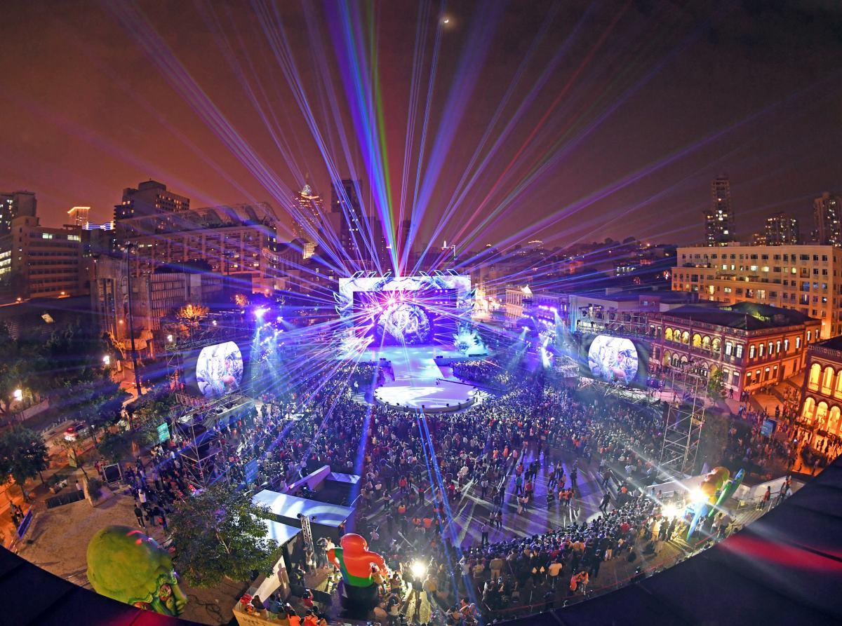 """Parade through Macau, Latin city"" attracts nearly 120,000 spectators"