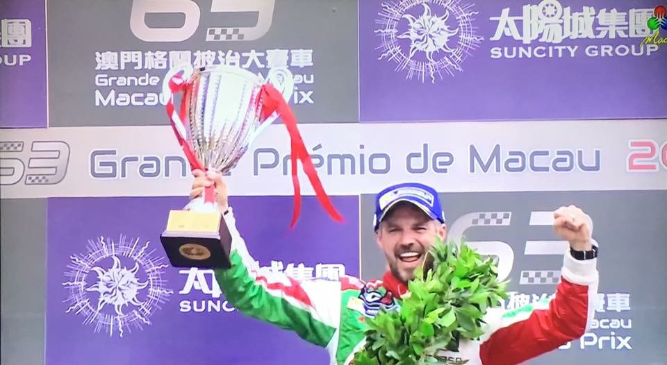 Tiago Monteiro wins Macau TCR race as Comini snatches title from Nash