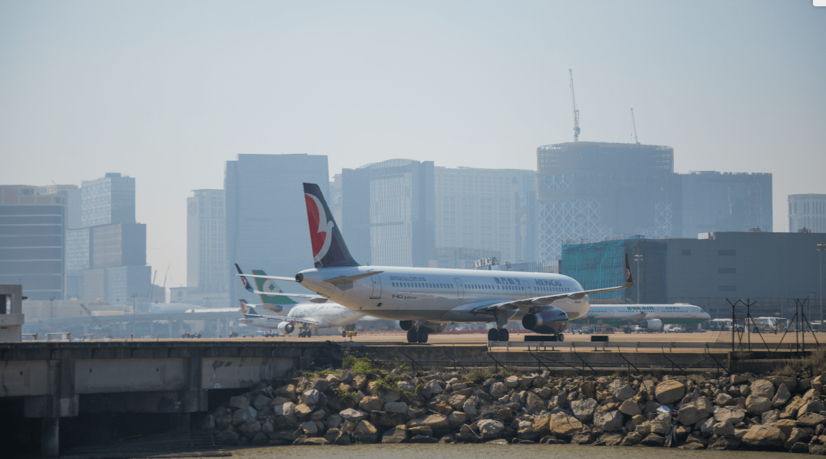 Macau airport logs record 6.6 million passengers