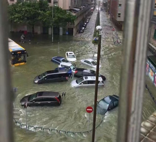 16 dead as typhoon roars through Macau and southern China