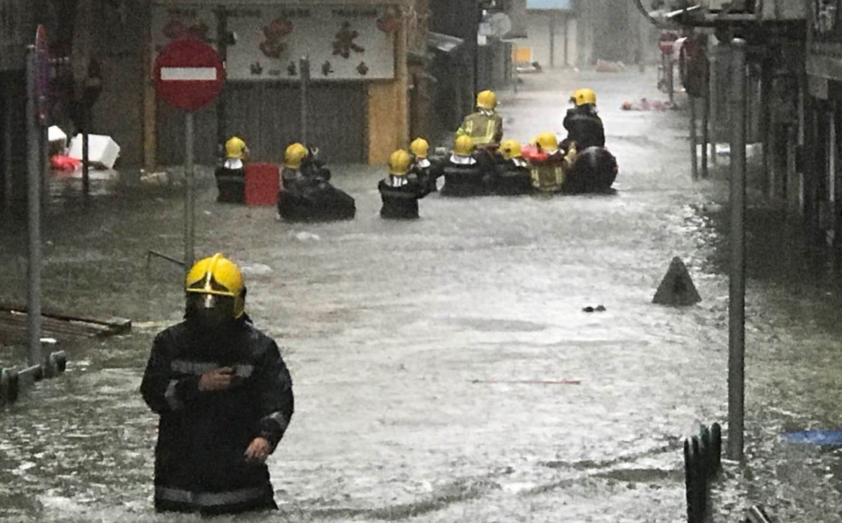 Typhoon Mangkhut makes landfall in Mainland China after ripping through Macau