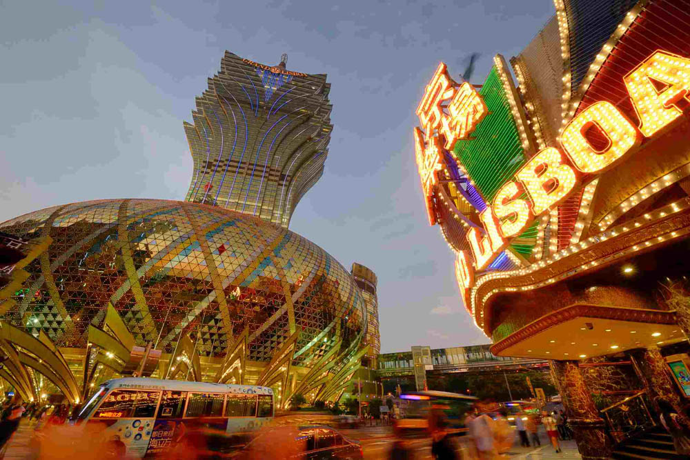 Macau's casino revenue drops 5 percent in January