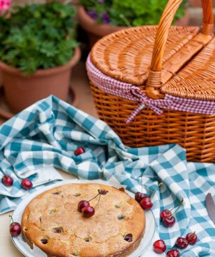 Torta ricotta e ciliegie
