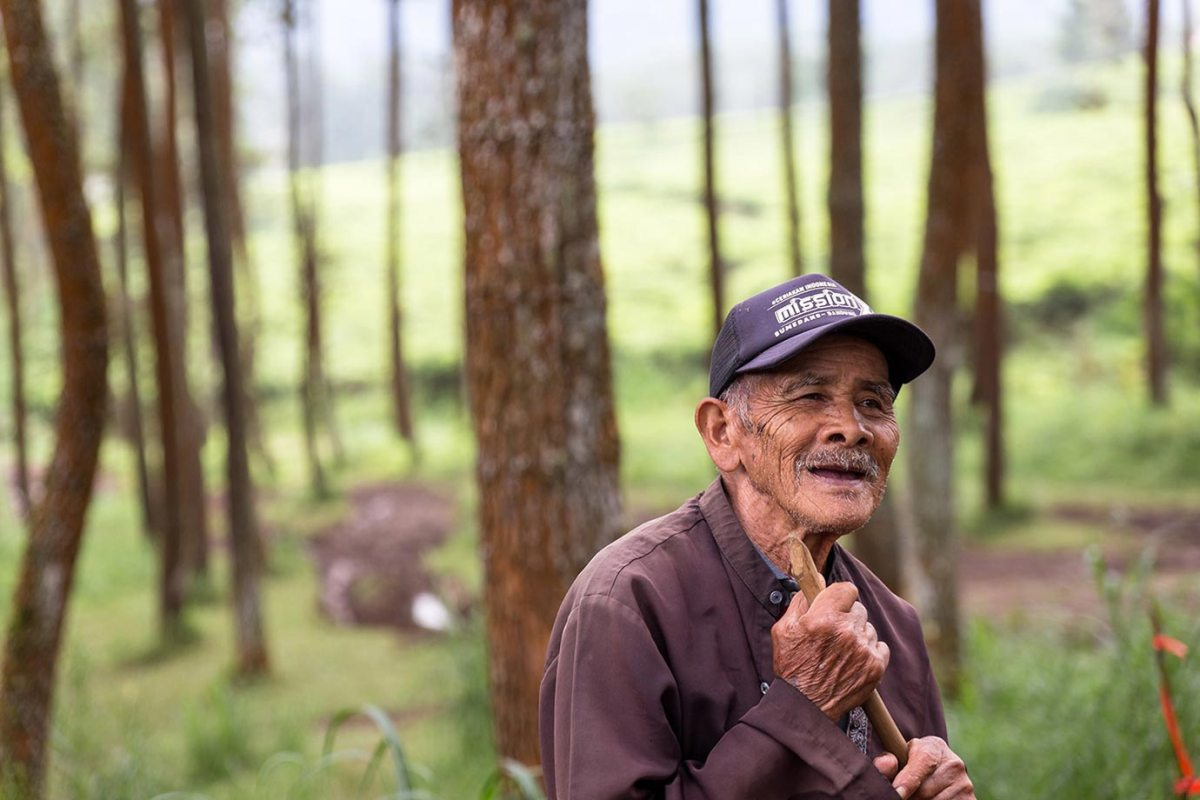 An old worker shares a moment with us in Bandung, Indonesia