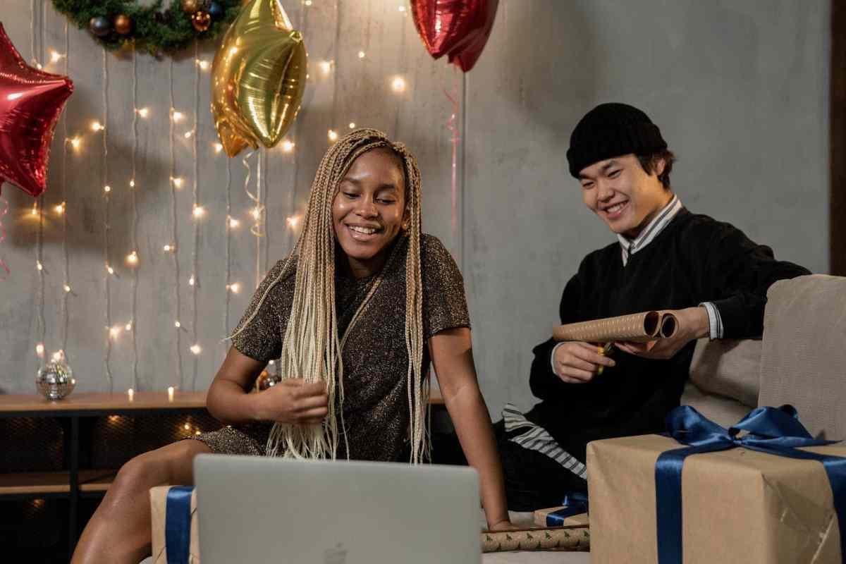 people celebrating christmas online