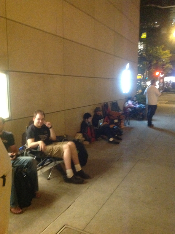 iPhone line outside Apple Retail Store North Michigan Avenue, Chicago, Illinois