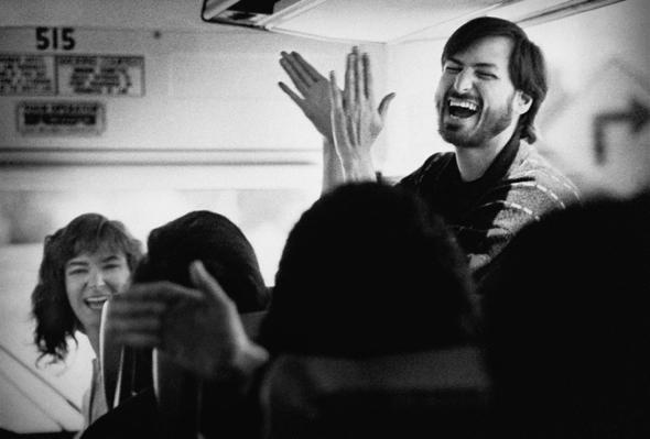 The Day Ross Perot Gave Steve Jobs $20 Million. Fremont, California, 1986. - Doug Menuez