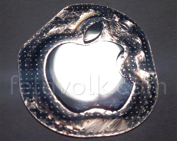 Liquidmetal Apple logo?