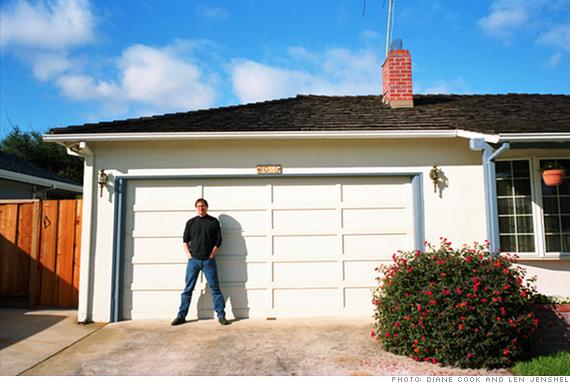 Steve Jobs at 2066 Crist Drive, Los Altos, California in 2006