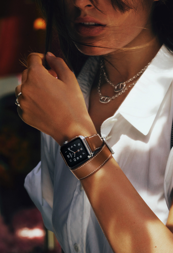 Apple Watch Hermès with Double Tour leather band