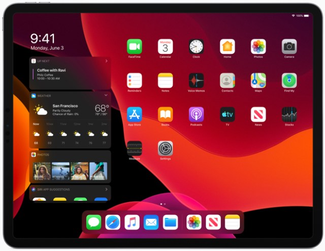 Dark Mode in iPadOS 13 brings a dramatic look to iPad for an immersive visual experience.