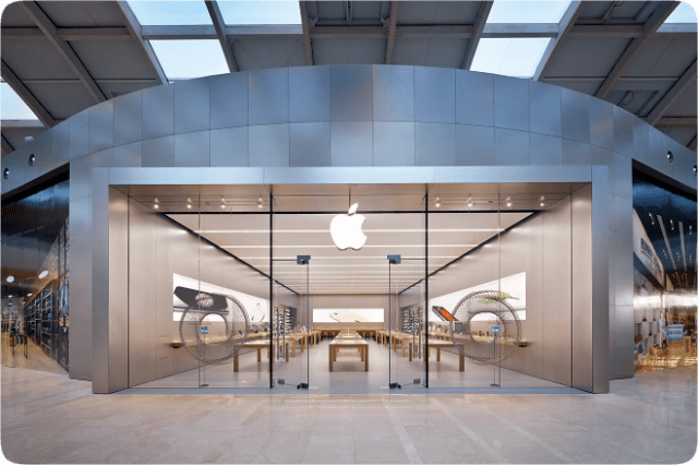 Apple Stores in Italy Will Begin Reopening on May 19. Image: Apple Nave de Vero