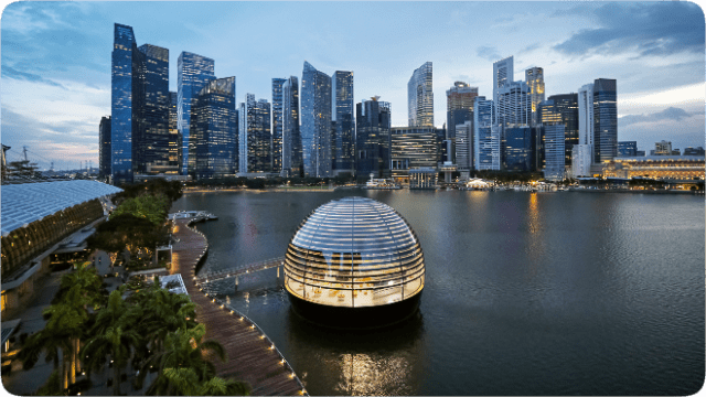 Apple Marina Bay Sands opens Thursday, September 10 at.  10 SGT.