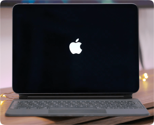 When connected to the Magic Keyboard, iPadOS 14.5 will display the startup Apple logo in horizontal/landscape mode.