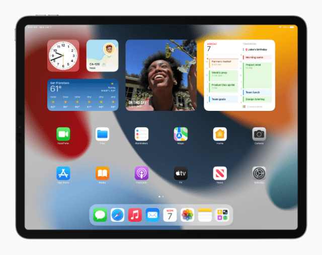 Users can now place widgets among apps on Home Screen pages on iPad, providing more information at a glance.